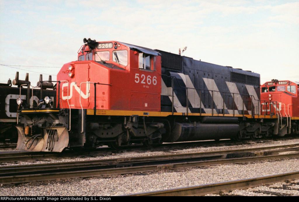 CN 5266